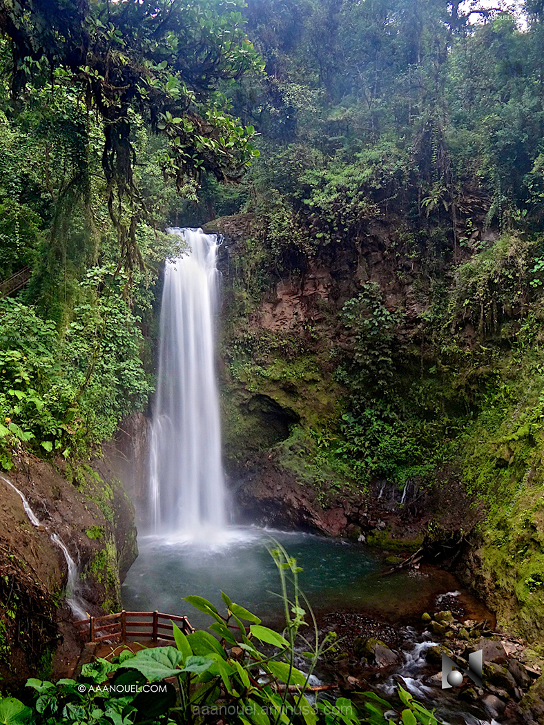 la paz waterfall gardens costa rica aaanouel