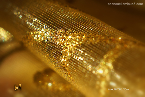 gold fabric macro texture aaanouel 3667252-8009009