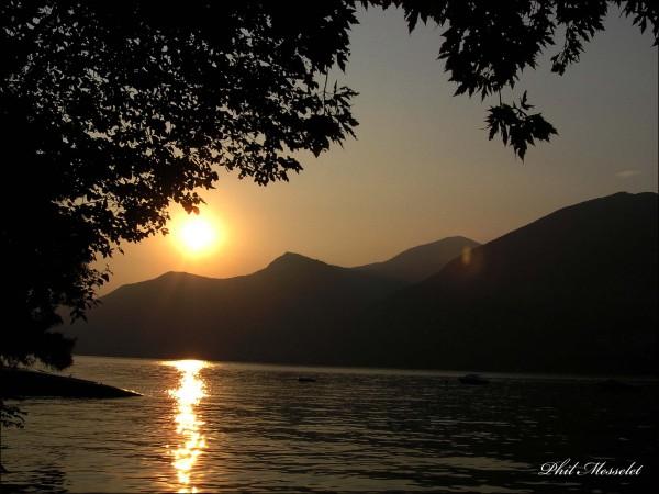 Cou-couche soleil
