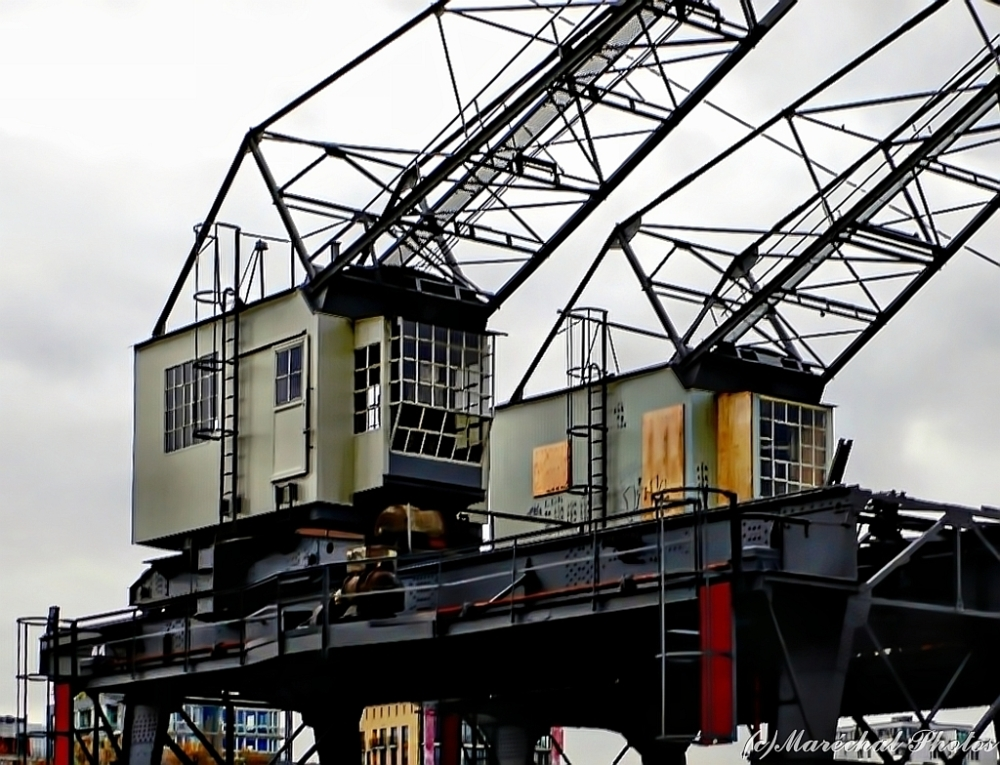 Abandoned dockside cranes at Frankfurt/M., Germany