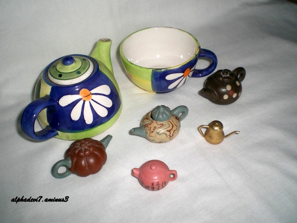 My tiny tea pots