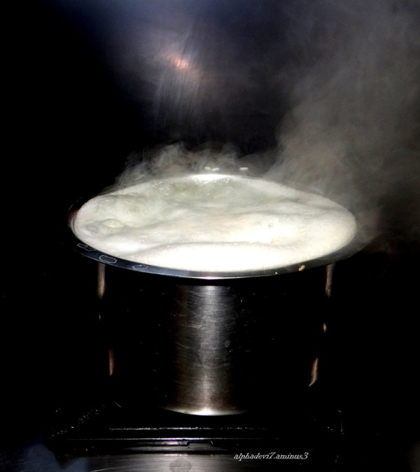 The boiling milk