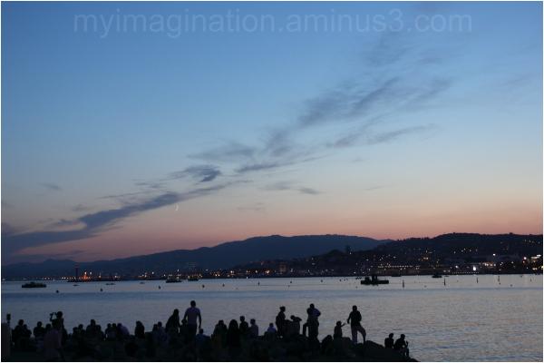 La Croisette after sunset.