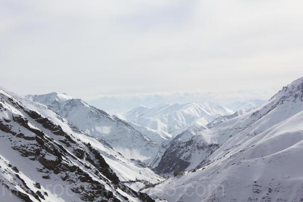کوهستان برفی