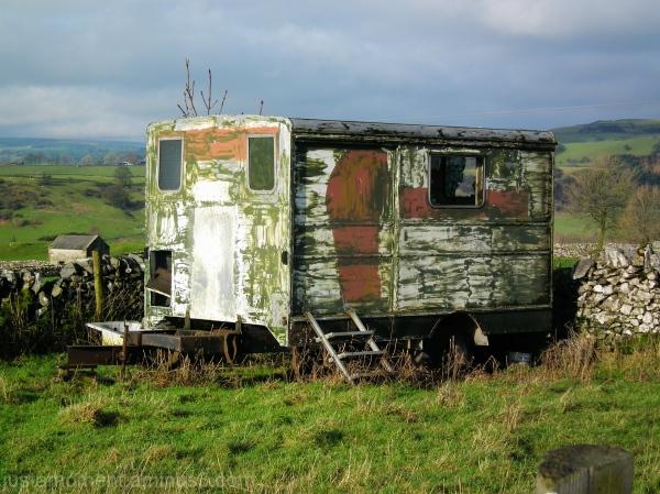 derbyshire dales caravan