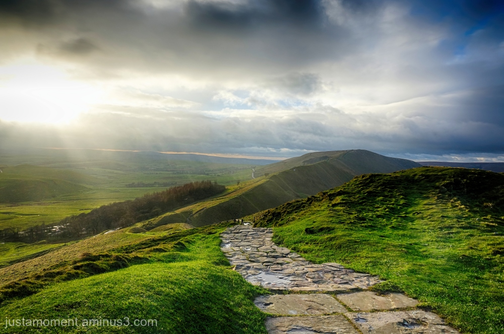 Looking towards Rushup edge from Mam Tor.