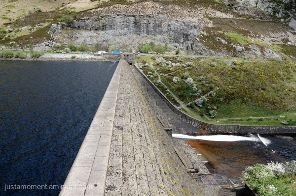 Dam on the Caban-Coch Reservoir.