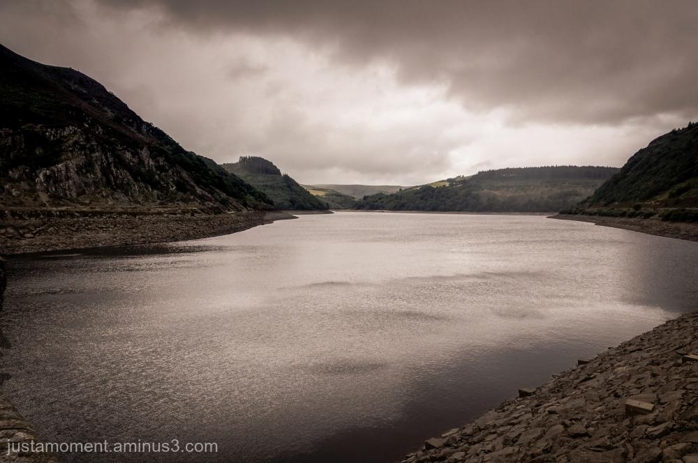 Garreg-ddu Reservoir