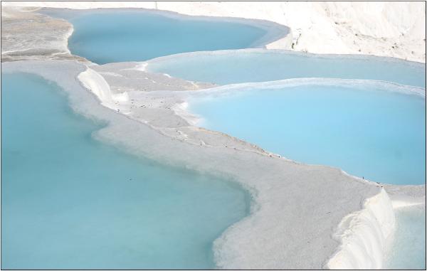 Vasques bleues