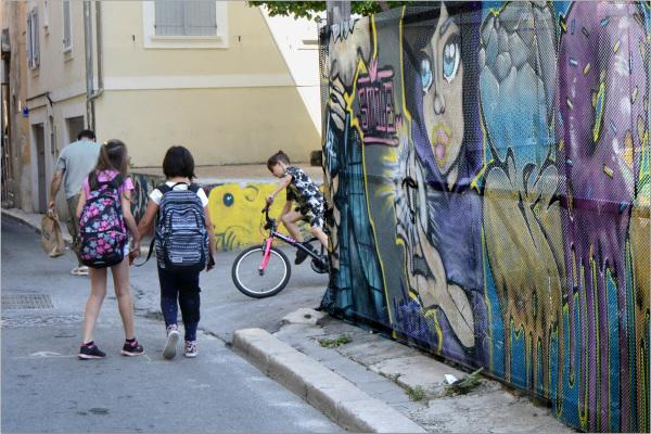 Les minots: épater les filles