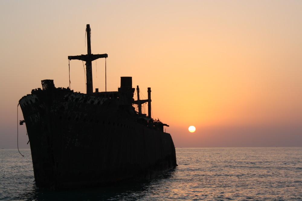 کشتی یونانی......