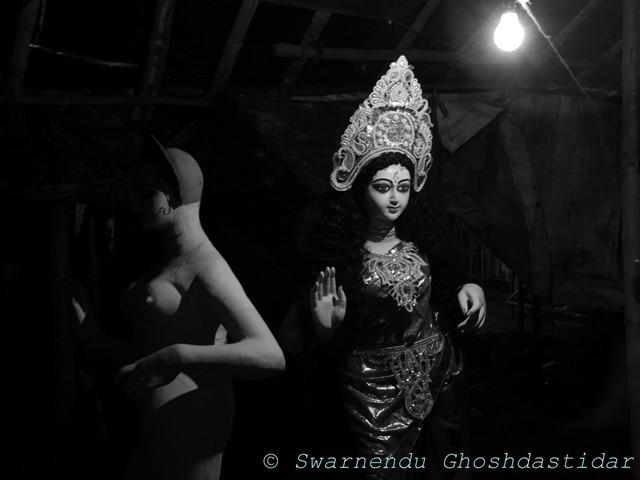 maa laxmi black and white