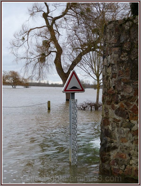 Attention l'eau monte !