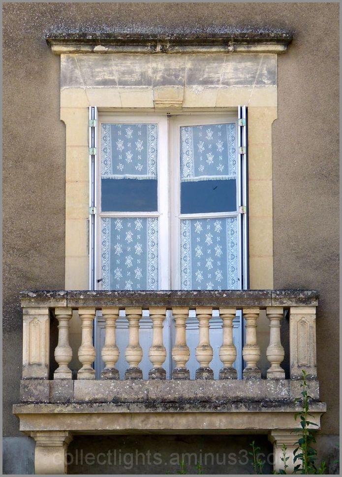 Fenêtre à balcon 1/...