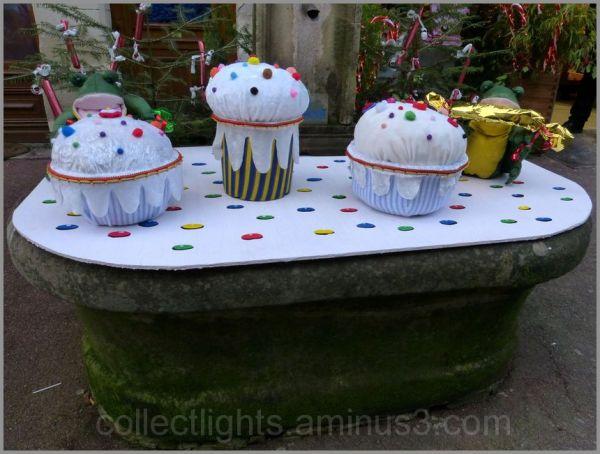 Devant la boulangerie avant Noël !