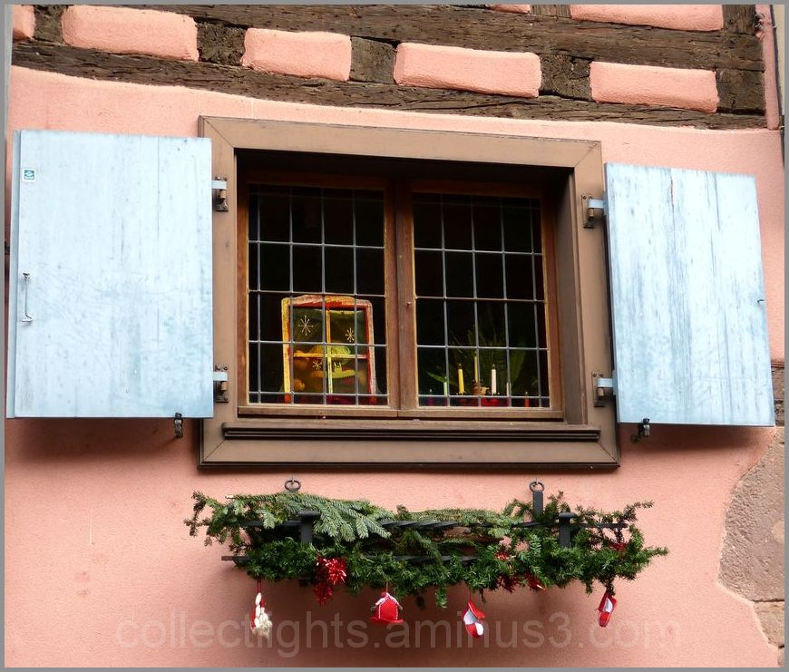 Un concours de fenêtres décorées 3/...
