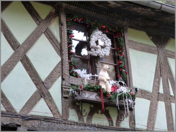 Un concours de fenêtres décorées 4/...