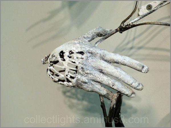 Hung sculpteur de fer, joue avec le feu 3/7