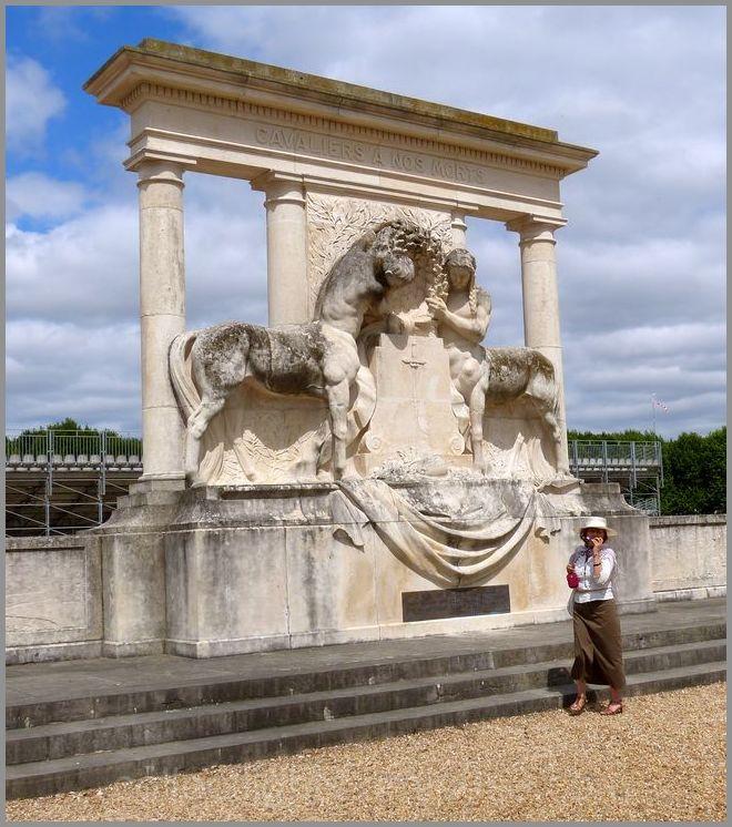 Monument à la gloire du cheval et des cavaliers