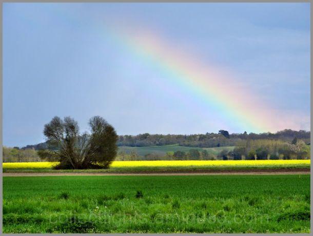 Averses, pluie, averses et arc en ciel