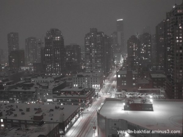 Snowy night, vancouver downtown