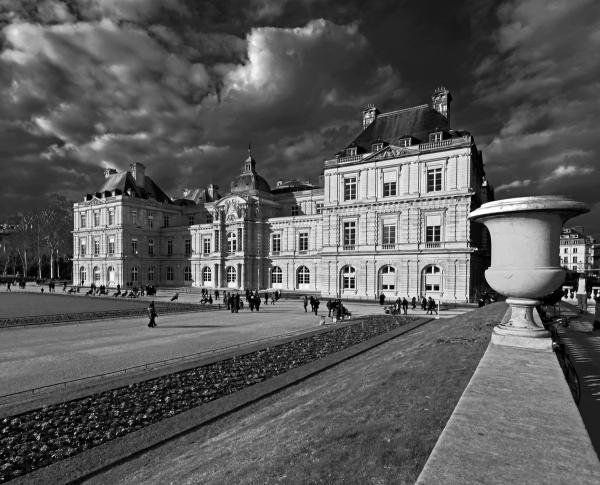 Jardin du Luxembourg Le pot du Senat