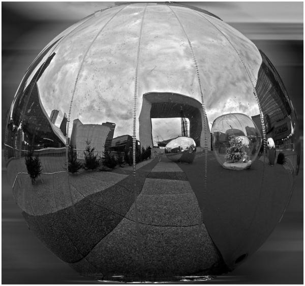 L'Arche a les boules