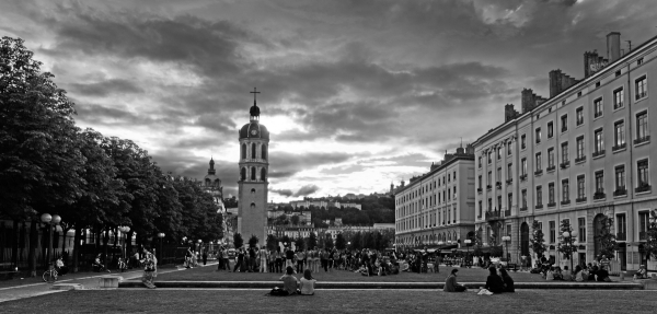 Lyon En allant place Bellecour