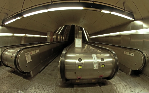 RER Escalator