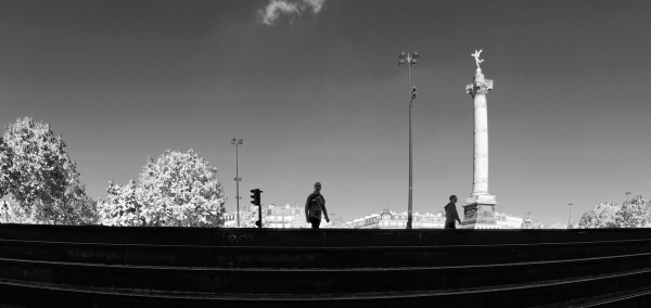 Bastille En sortant du métro