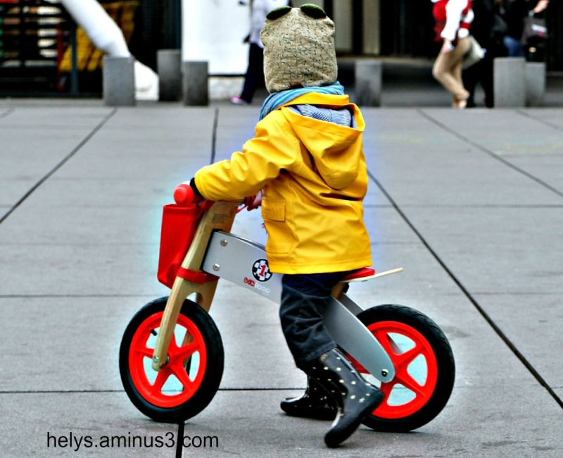 Enfant à bicyclette