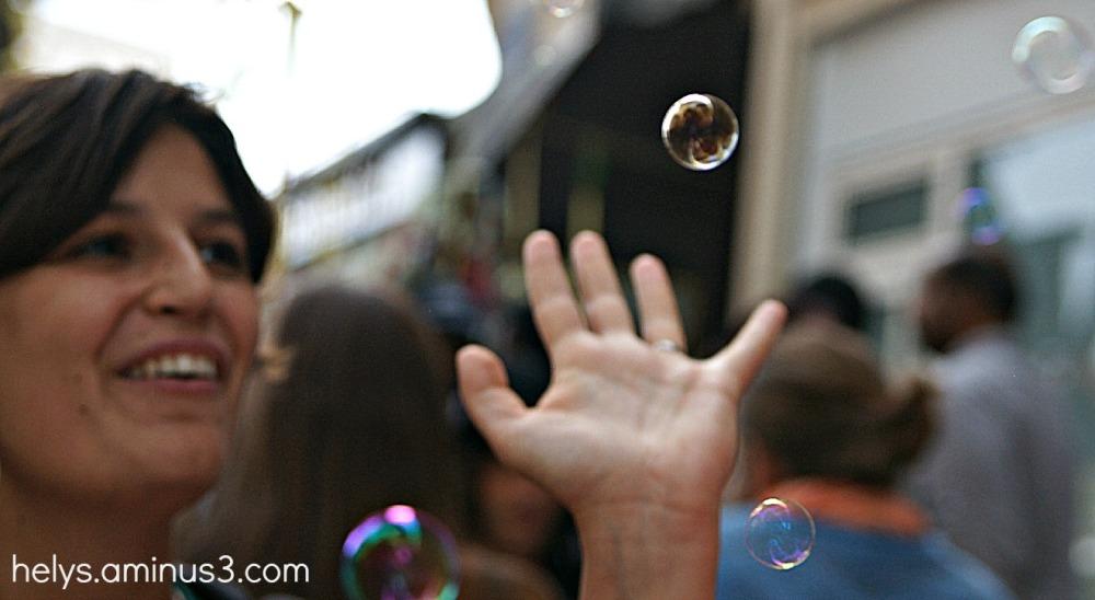 bubbles, smile
