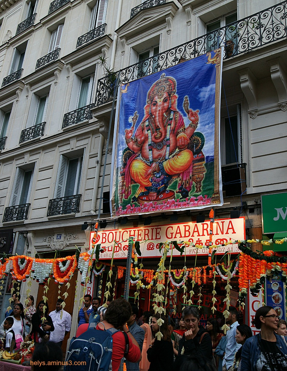 Ganesh party, Paris 2014: Colors and people