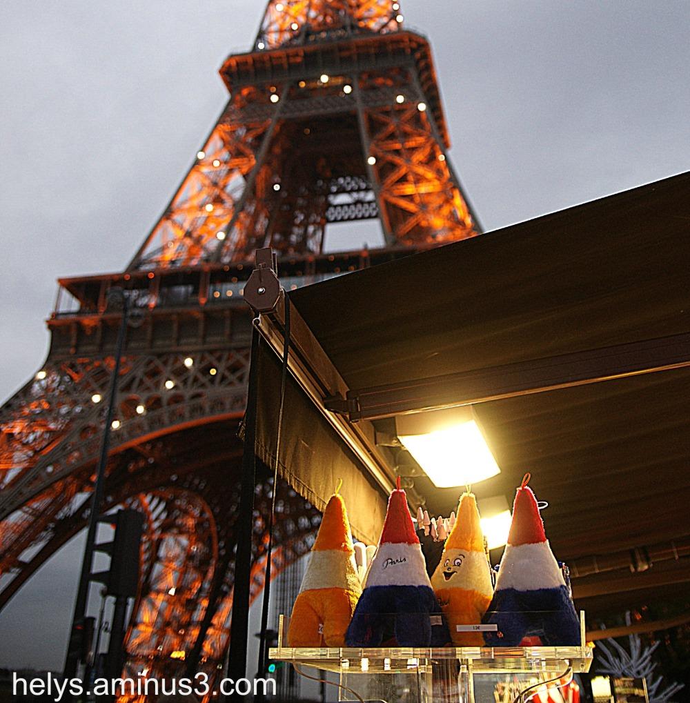 Eiffel tower2