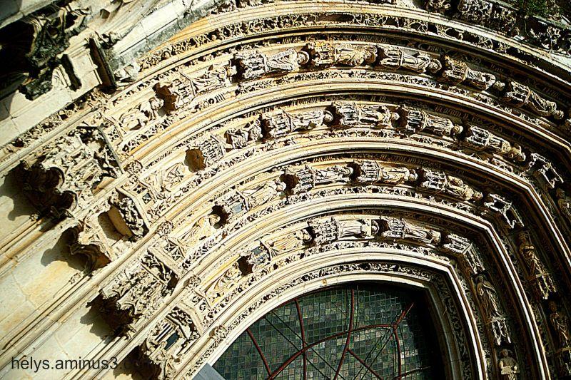 Cathedrale St Pierre F- 17100 SAINTES/3
