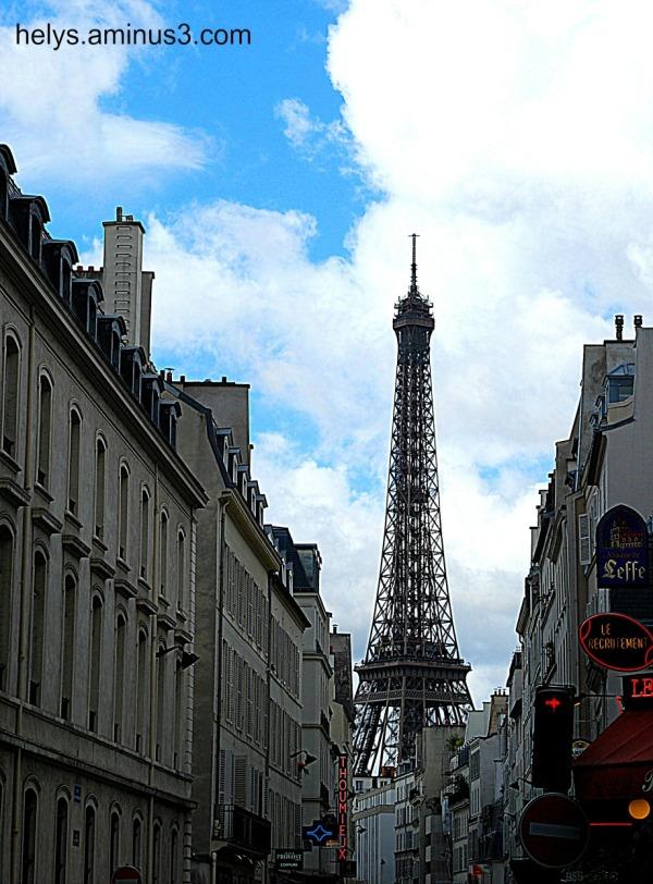 eiffel tower Paris downtown