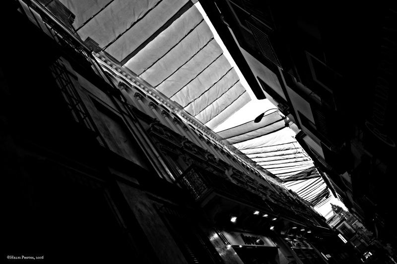 street veils, sevilla