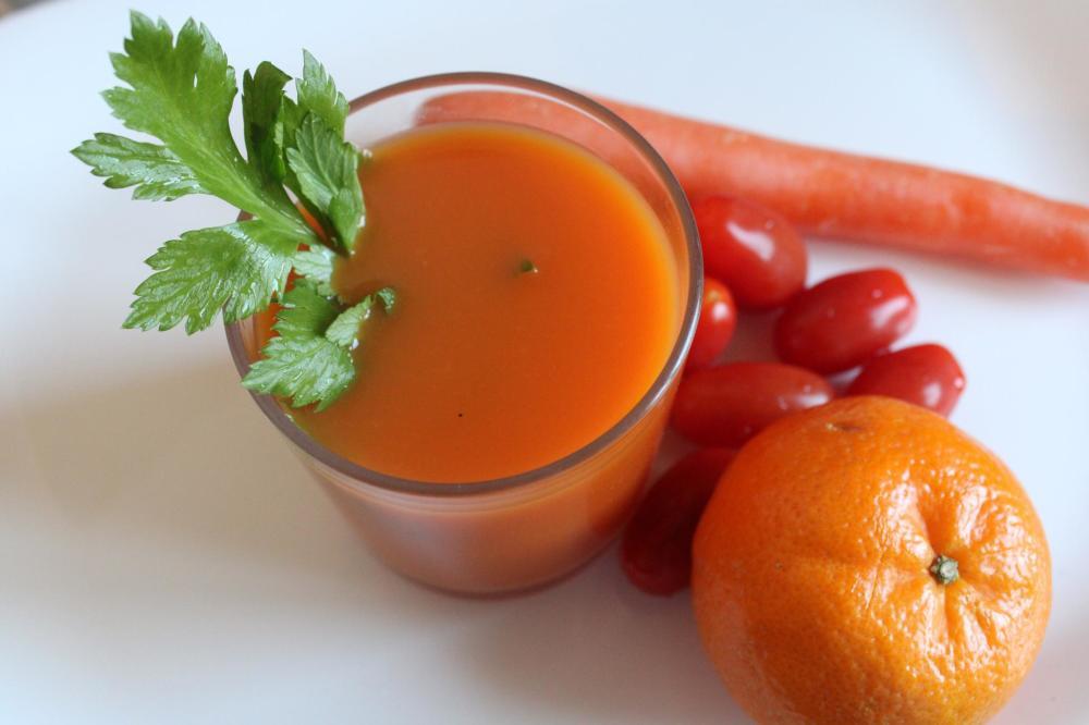 Tangerine, carrot, tomato juice