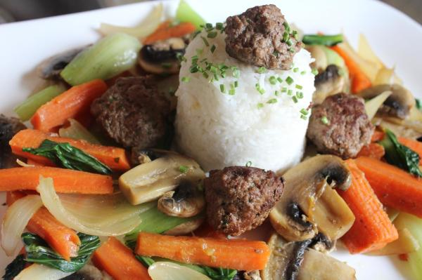 meatballs in muushroom and vegetables
