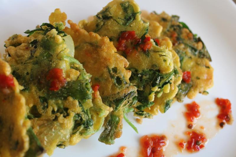 vegetables fritters&red hot pepper