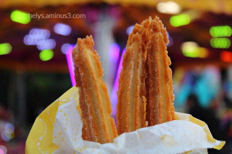 1-carnival mood: chichis (sweet french fritters)