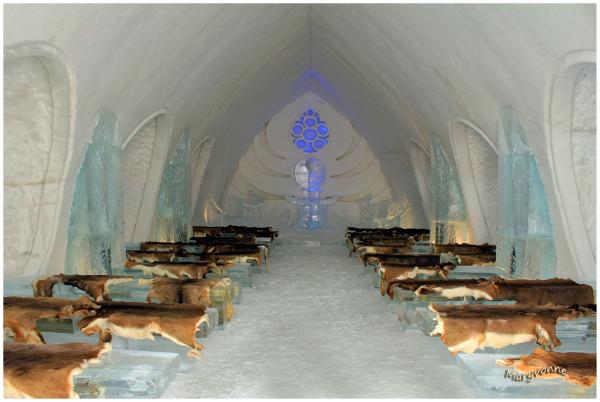 chapelle glace hiver architecture