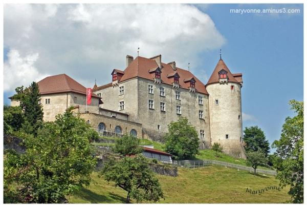 château médiéval suisse
