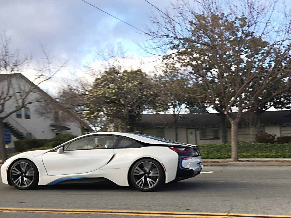 BMW i8 in White