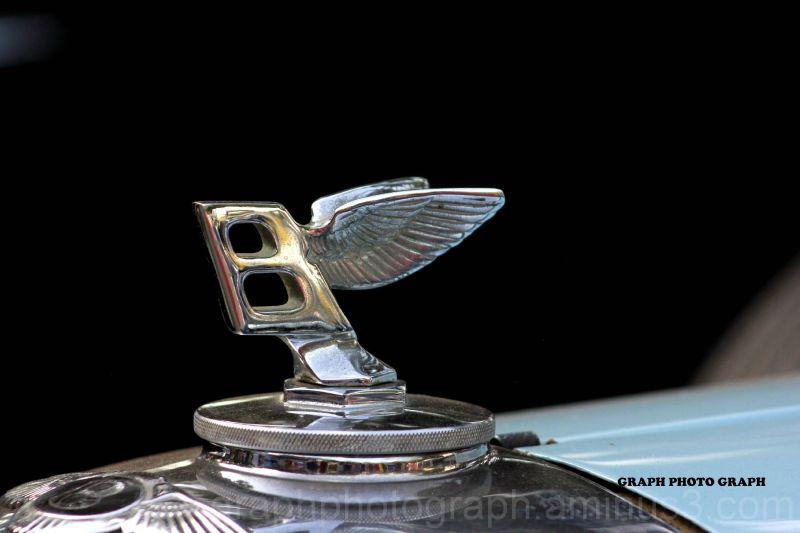 Very old logo of Bentley