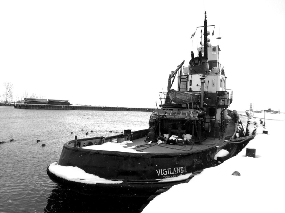 Tug at Rest