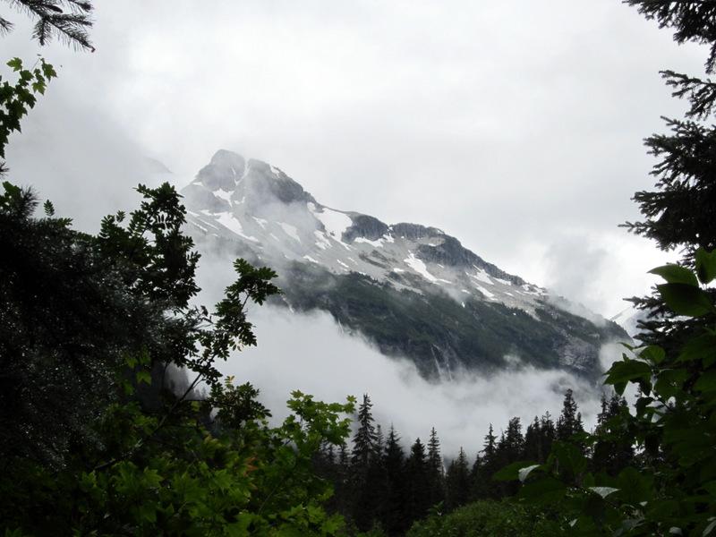 Cascade Mountains - Cloudy Skirt