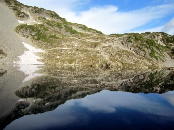 Cascade Mountains - Lake View