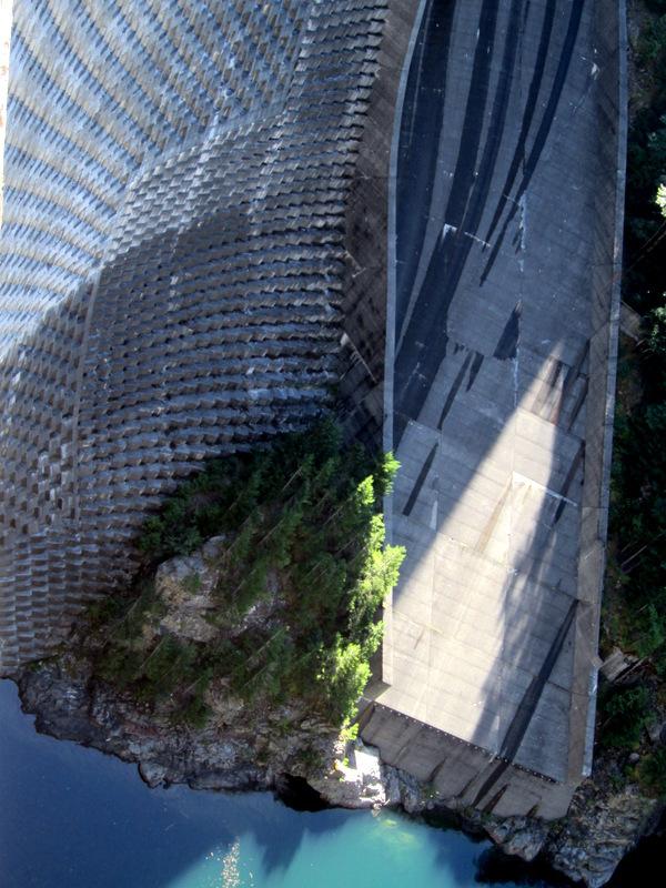 Cascade Mountains - No Dam Way