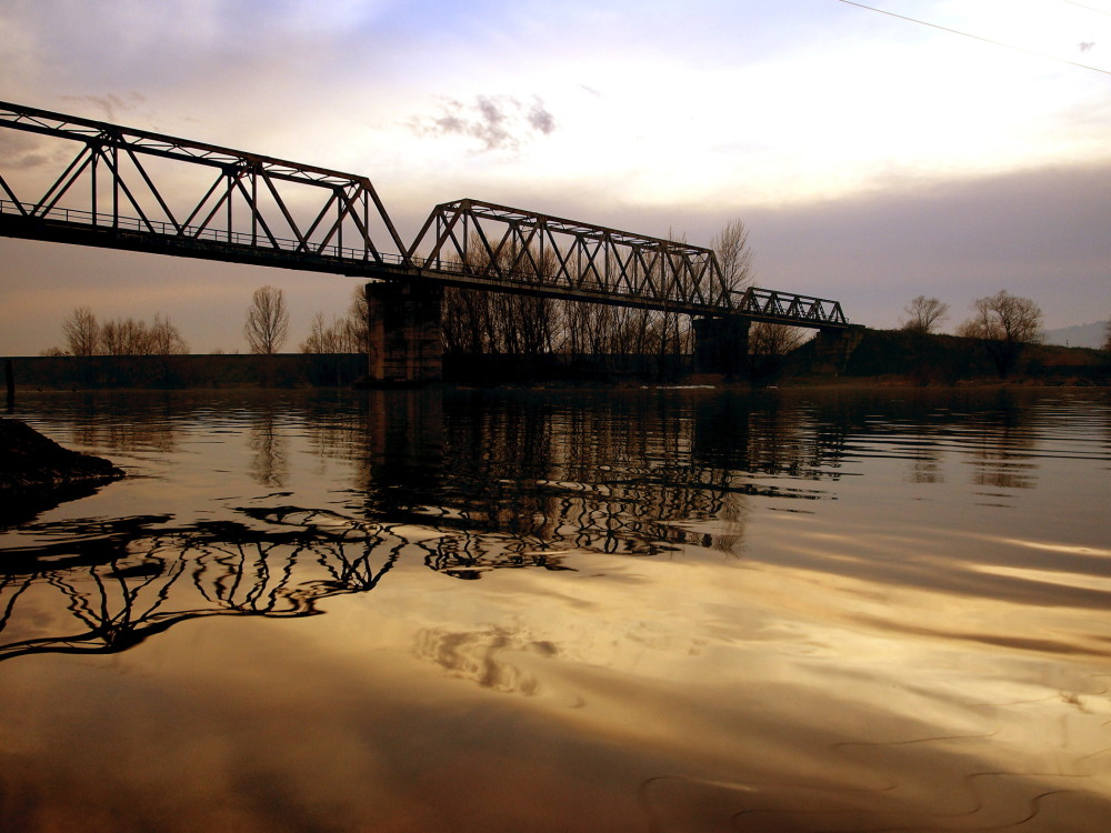 bridge over the River Olt